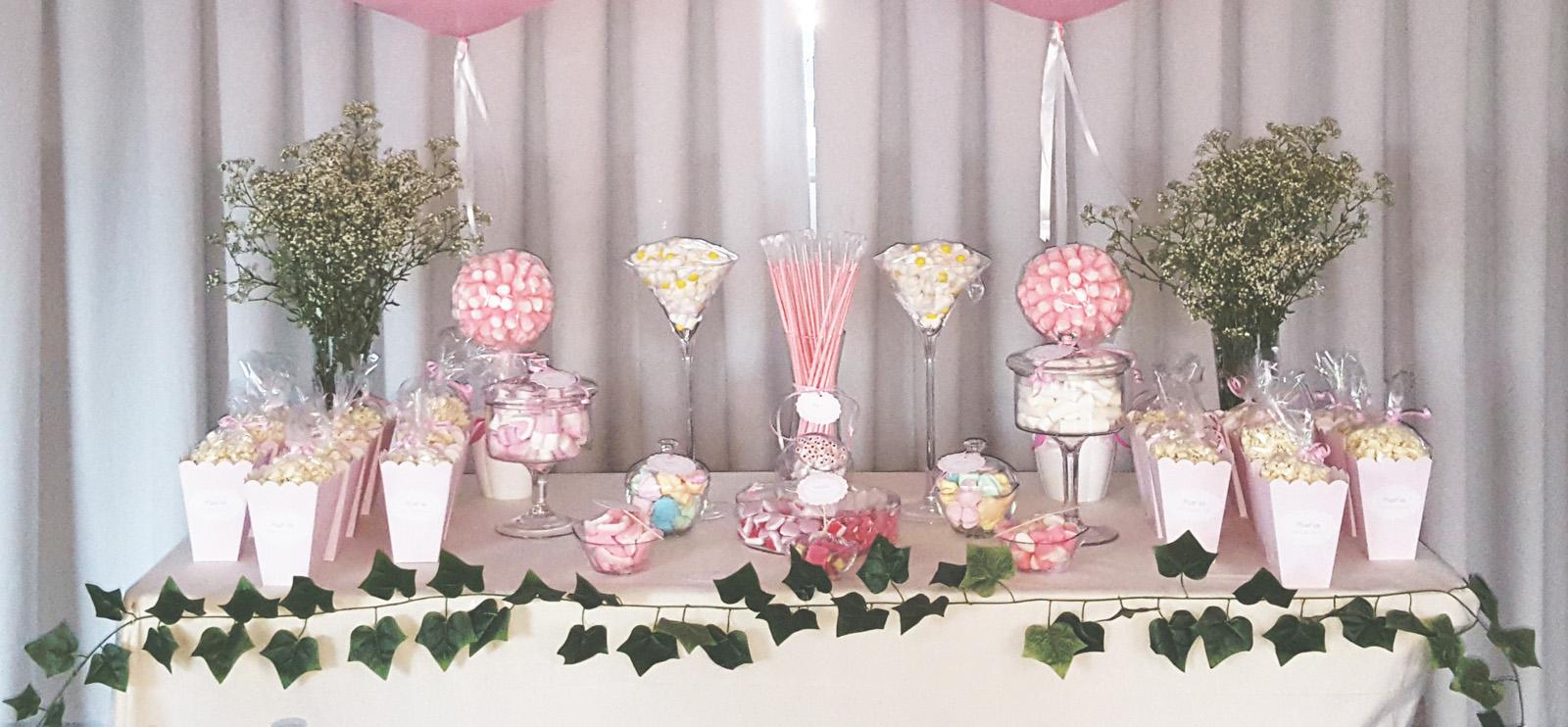 Mesas dulces en granada decoradas con globos y mucho m s for Decoracion para mesa dulce